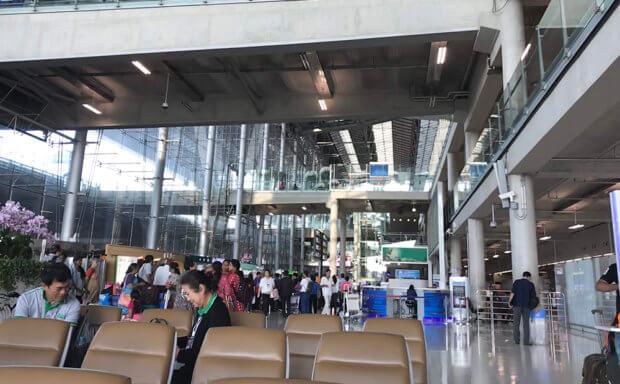クアラルンプール国際空港内待合室の様子